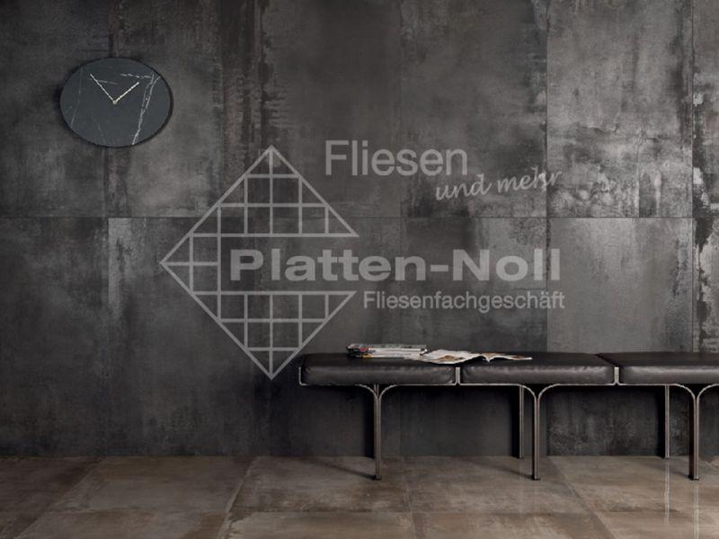 Arbeitsplatte kuche metalloptik - Fliesen kuchenspiegel ...